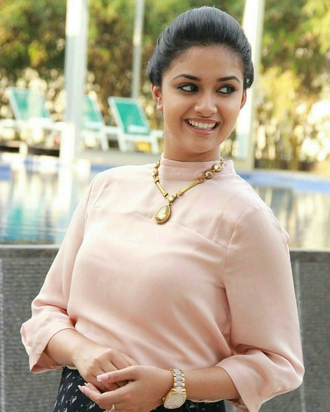 Beautiful Keerthi Suresh HD Photos Pic