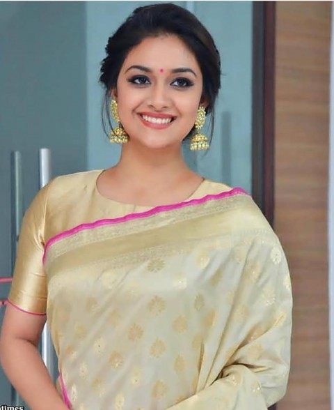 Keerthi Suresh HD Photos Pic In Saree