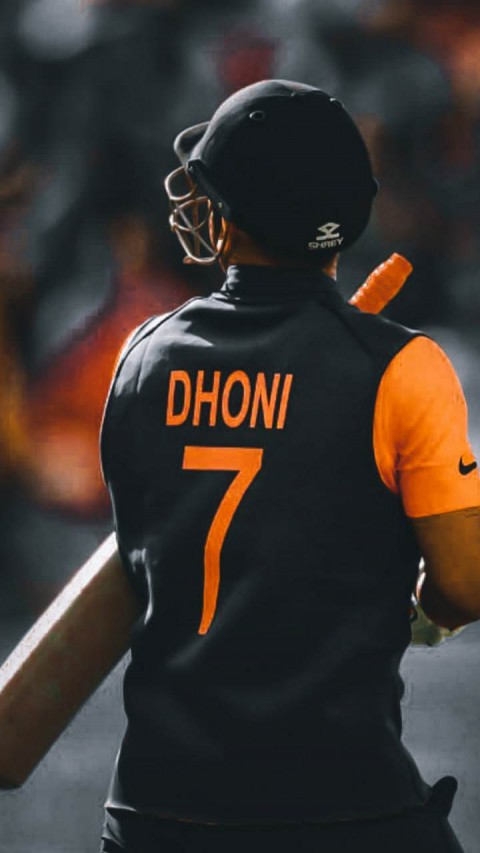MS Dhoni 7 Bakc Side Wallpapers Photos