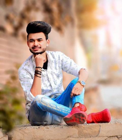 Sitting Photoshoot Pose Images For Boys